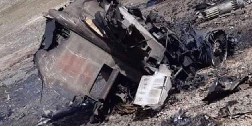 Azerbaycan: Ermenistan'a ait 2 uçak dağa çarparak düştü