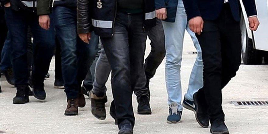 İzmir'de FETÖ'nün hücre evine operasyon düzenlendi!