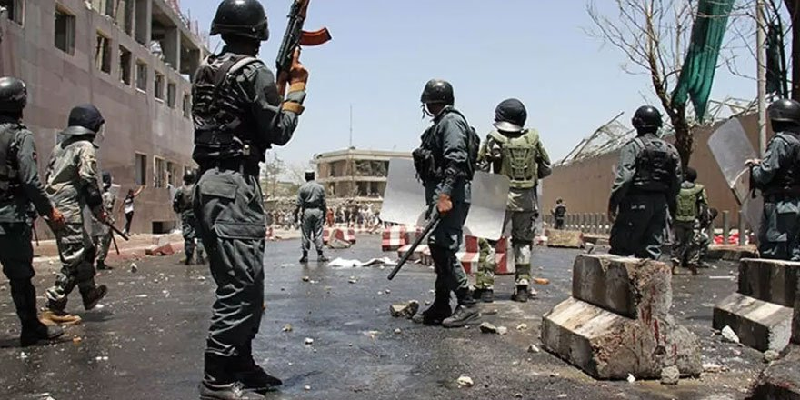 Taliban ile güvenlik güçleri arasında çatışma! 25 güvenlik görevlisi öldü