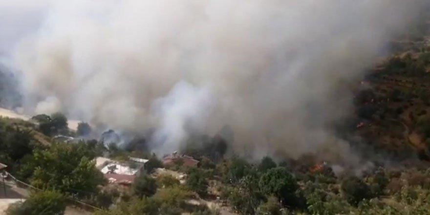 Anamur'da orman yangını: 50 hane boşaltıldı