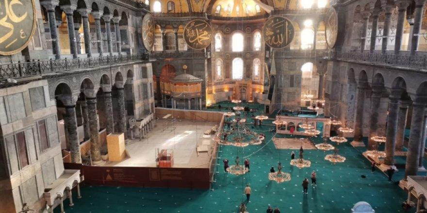 Ayasofya-i Kebir Camii'nde iskeleler söküldü