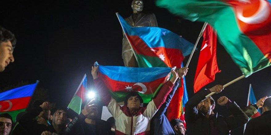 Azerbaycan'da Atatürk'ü anma gününe denk gelen 10 Kasım 'Zafer Günü' 8 Kasım'a alındı