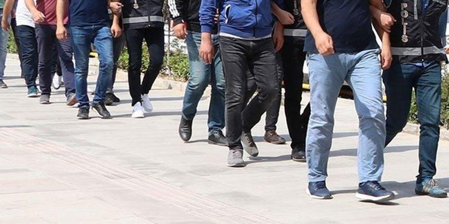 Ankara'daki FETÖ soruşturmasında 7'si polis 9 kişiye gözaltı kararı