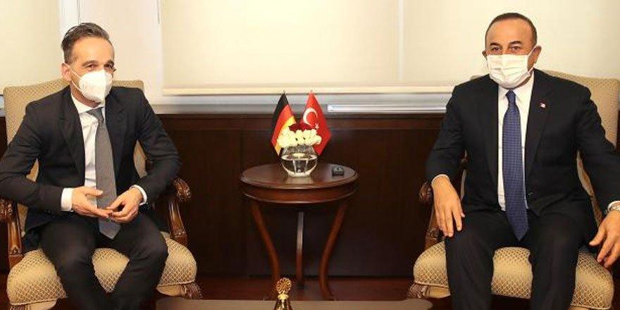 Bakan Çavuşoğlu: Yunanistan provokasyonlara devam ediyor
