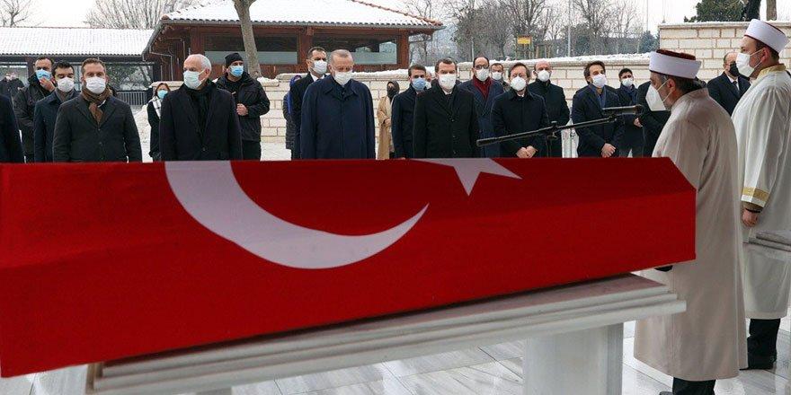 Cumhurbaşkanı Erdoğan, Prof. Dr. Nur Vergin'in cenaze namazına katıldı!