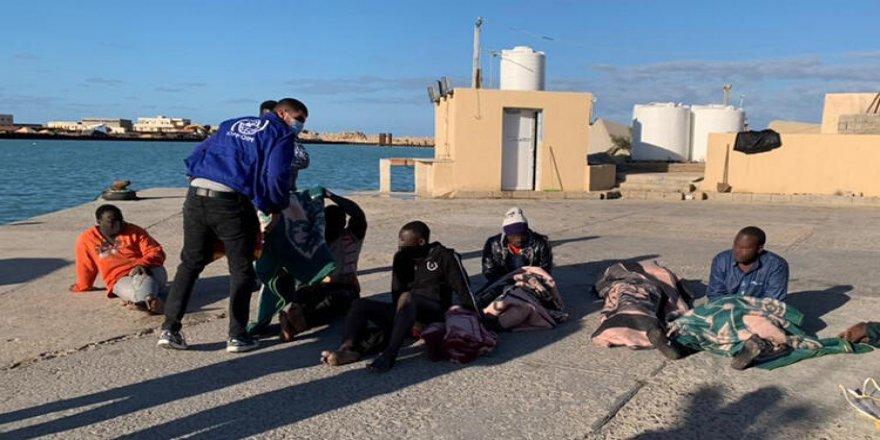 Akdeniz'de göçmen teknesi battı, çok sayıda ölü var!