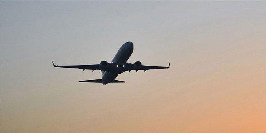 Bakan Koca duyurdu: Bir ülkeyle daha uçuşlar durduruldu!