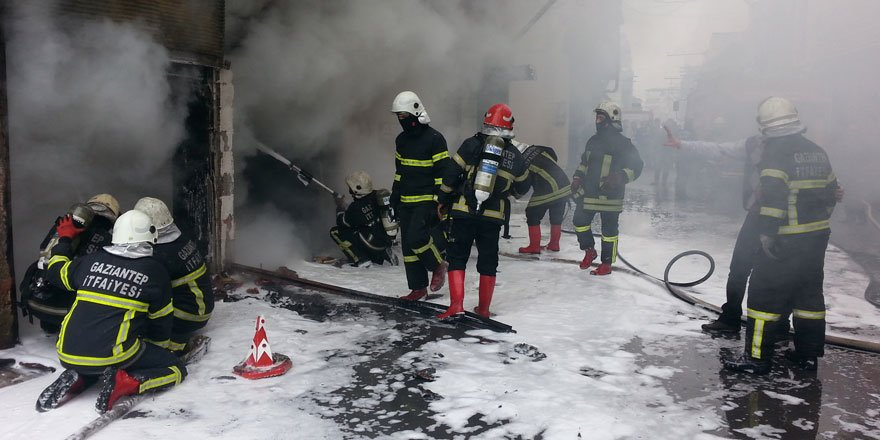 Büyükşehir itfaiye ekipleri 2020'de bin 287 vatandaşın hayatını kurtardı!