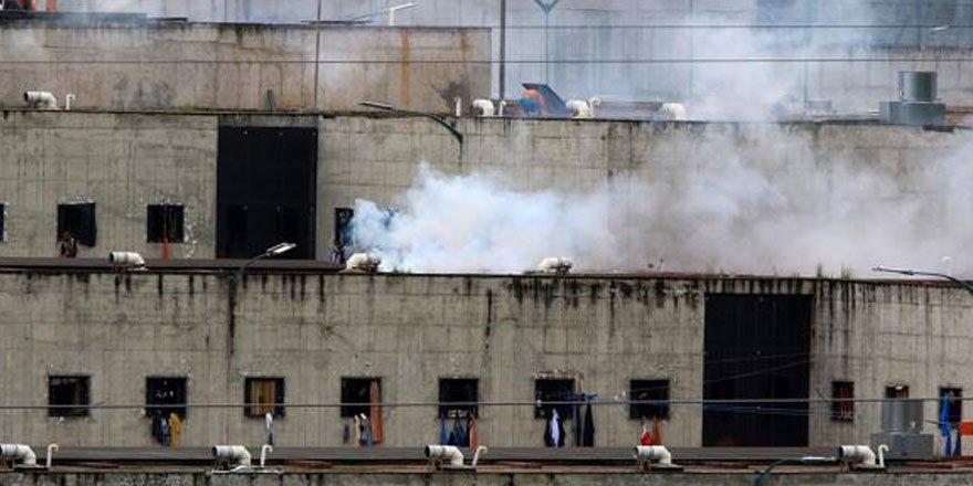 Ekvador'da cezaevinde isyan: 67 mahkum öldü
