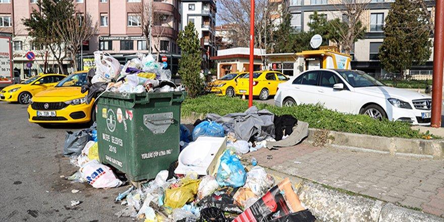 İstanbul'da 90'ları aratmayan manzaralar: Maltepe çöp yığınlarına teslim