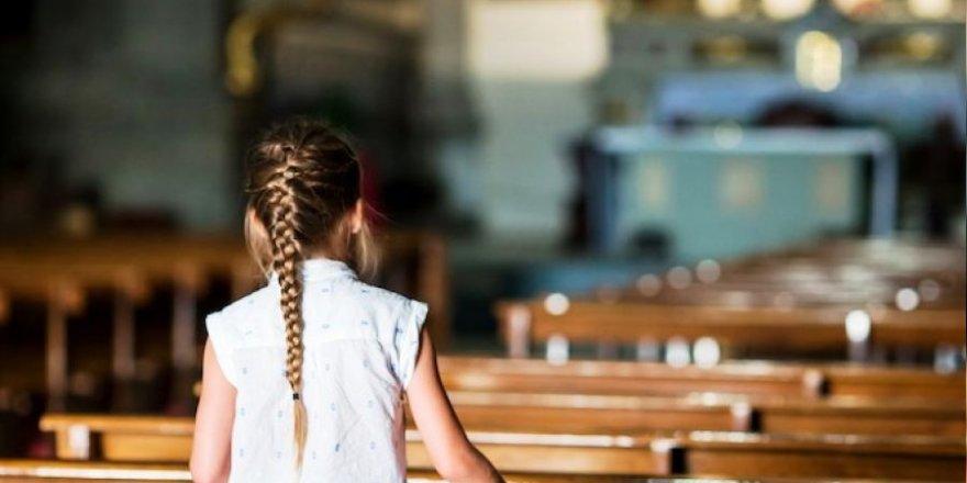 CIASE raporuna göre Fransa'da en az 10 bin çocuk kiliselerde cinsel istismara maruz kaldı