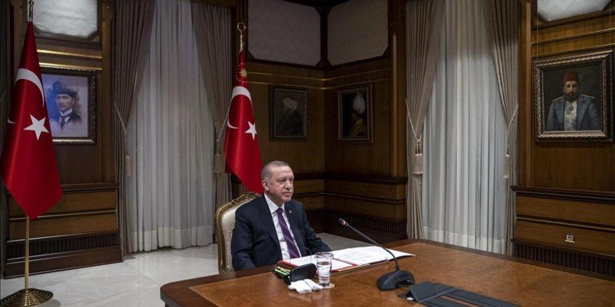 Cumhurbaşkanı Erdoğan, Fransa Cumhurbaşkanı Macron ile video konferans görüşmesi gerçekleştirdi