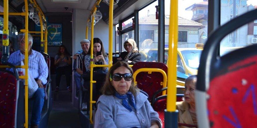 İstanbul'da 65 yaş üzeri vatandaşlar ile 20 yaş altı gençler ve çocuklar toplu ulaşım araçlarını kullanabilecek