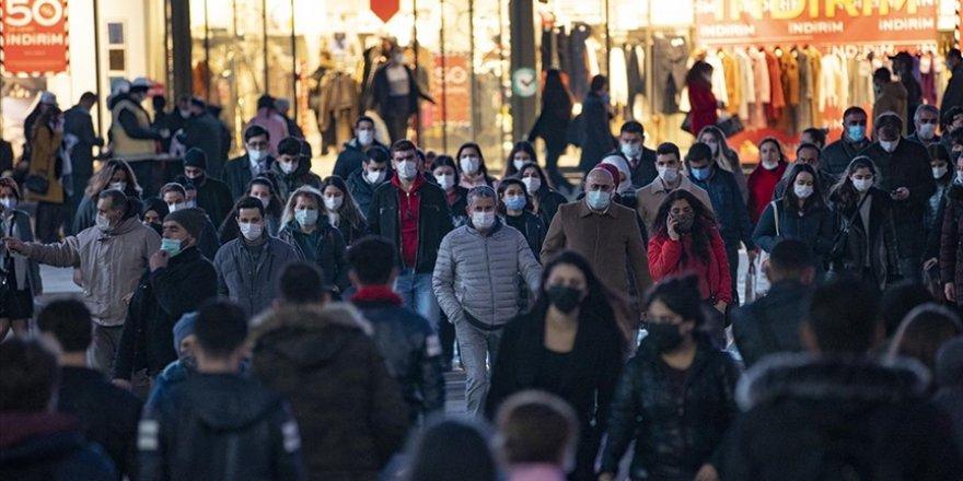 Ankara, İstanbul ve İzmir'deki Kovid-19 haftalık vaka sayısında şok artış