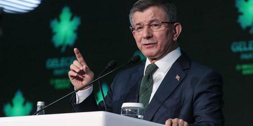 Gelecek Partisi Genel Başkanı Davutoğlu: 'Kadın cinayetlerine karşı ortak bir tavırda birleşelim'