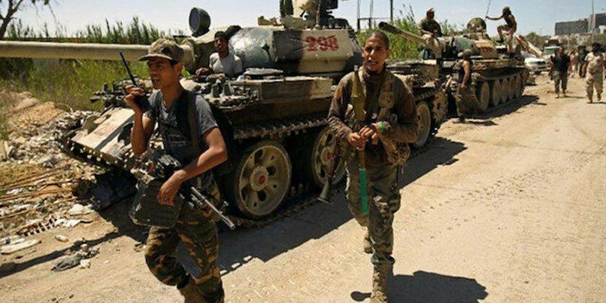 Libya ordusu: Hafter milisleri, Temsilciler Meclisi milletvekillerinin geçeceği Sirte yolunu açmıyor