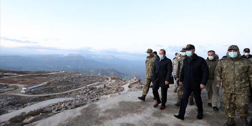Savunma Bakanı Akar ve TSK komuta kademesi geceyi Şırnak'ta geçirdi