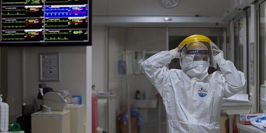 Türkiye'de 49 bin 584 kişinin Kovid-19 testi pozitif çıktı, 211 kişi hayatını kaybetti