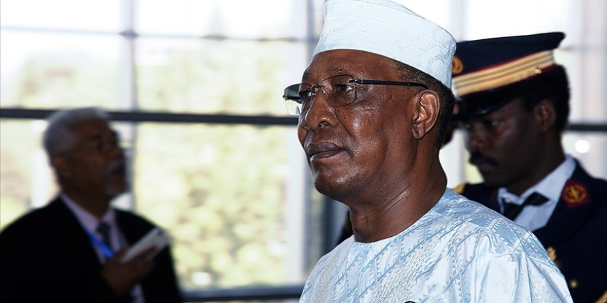 Çad Cumhurbaşkanı Deby cephe hattındaki çatışmada hayatını kaybetti