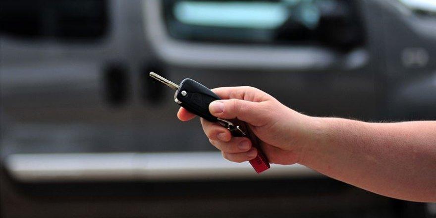 Otomotiv Yetkili Satıcıları Derneğinden 'sıfır araçta bulunurluk sıkıntısı 2. el fiyatlarını yükseltebilir' öngörüsü
