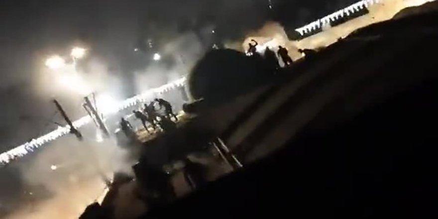 İsrail'in Lid kentinde Yahudiler camideki Filistinlilere silahla saldırdı