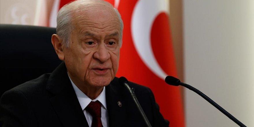 MHP Genel Başkanı Bahçeli, partisinin belediye başkanları ile bir araya geldi
