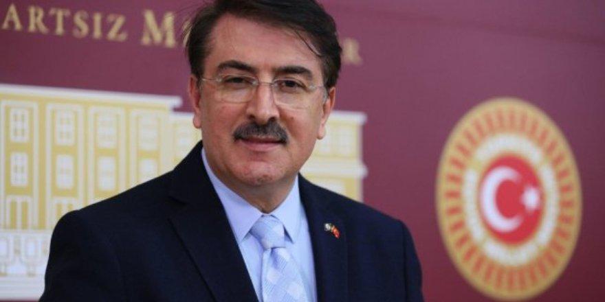 """AK Parti'li Aydemir: """"İktidar olmadıkları halde bile gazetecilere haber yapma hakkı tanımıyorlar"""""""