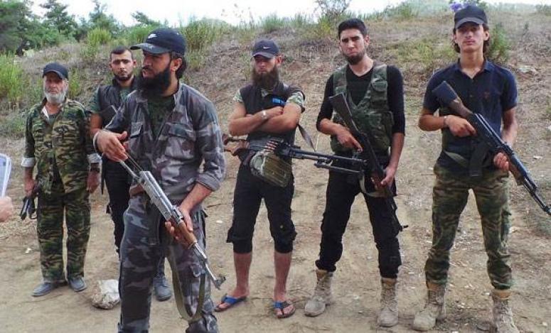 Esed ve Rusya Türkmenleri vurmaya devam ediyor!