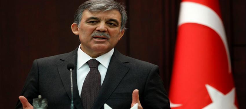 Sanberk'ten, Abdullah Gül'e geri vites!