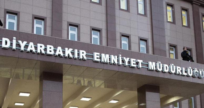 Diyarbakır İl Emniyet Müdürlüğü'ne alçak saldırı