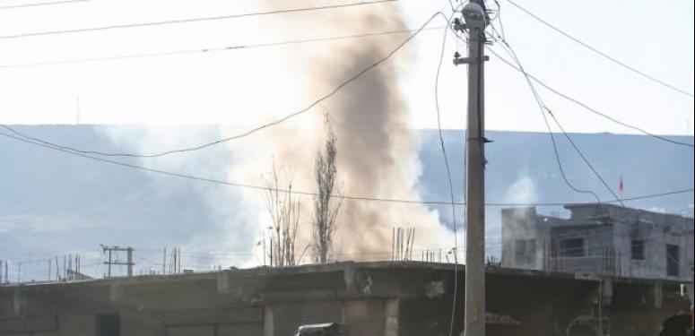 9 PKK'lı öldürüldü: teröristler binayı ateşe verip kaçtılar