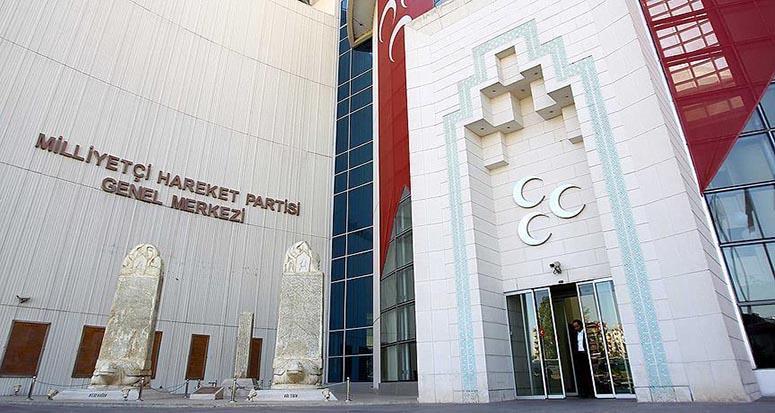 MHP'de muhalifler kurultay için dava açtı