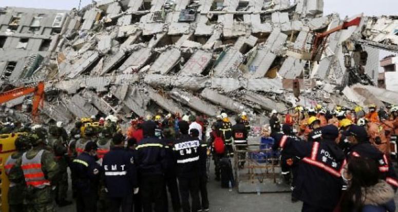 Deprem'de hayatını kaybedenlerin sayısı 14'e ulaştı