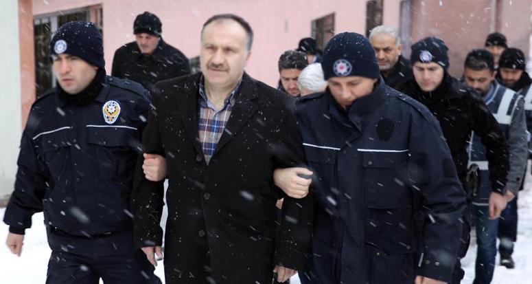 Kayseri'deki FETÖ operasyonunda 5 şüpheliye sağlık kontrolünden geçirildi