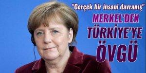 Merkel'den Türkiye'ye övgü