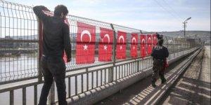 Cizre'de Operasyon bitti. 'Türk bayrakları' asıldı