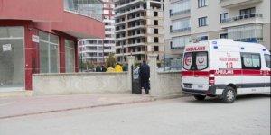 İdil'de PKK'lılar ambulansa ateş açtı
