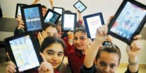 Kocaeli'de 27 bin öğrenciye tablet dağıtıldı