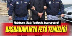 Başbakanlık'ta görev yaptığı belirtilen 10 kamu görevlisi tutuklandı.
