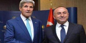 Çavuşoğlu, ABD'li mevkidaşı Kerry ile görüştü