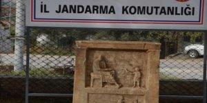 Bursa'da ahırda tarihi eser bulundu