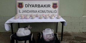 Diyarbakır'da yolcu otobüsünde 10 kilo esrar yakalandı