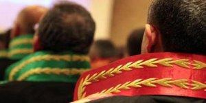 Başkent'te 20 hakim ve savcıya gözaltı