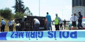 Zırhlı polis aracı devrildi:Yaralılar var