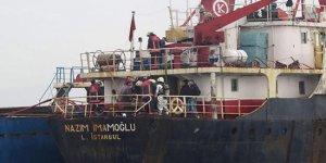 Maltepe açıklarında gemi yanıyor!