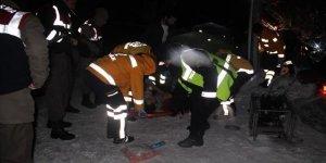 Yolcu otobüsü devrildi: 1 ölü, 43 yaralı