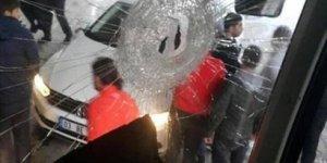 Takım Otobüsüne Saldırı! Sportif Direktör Yaralandı