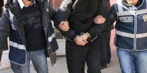 Sur'da 3 terörist teslim oldu
