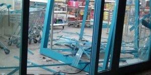 Üç noktaya eş zamanlı bombalı saldırı