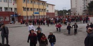 O ilde deprem sebebi ile okullar 2 gün tatil!